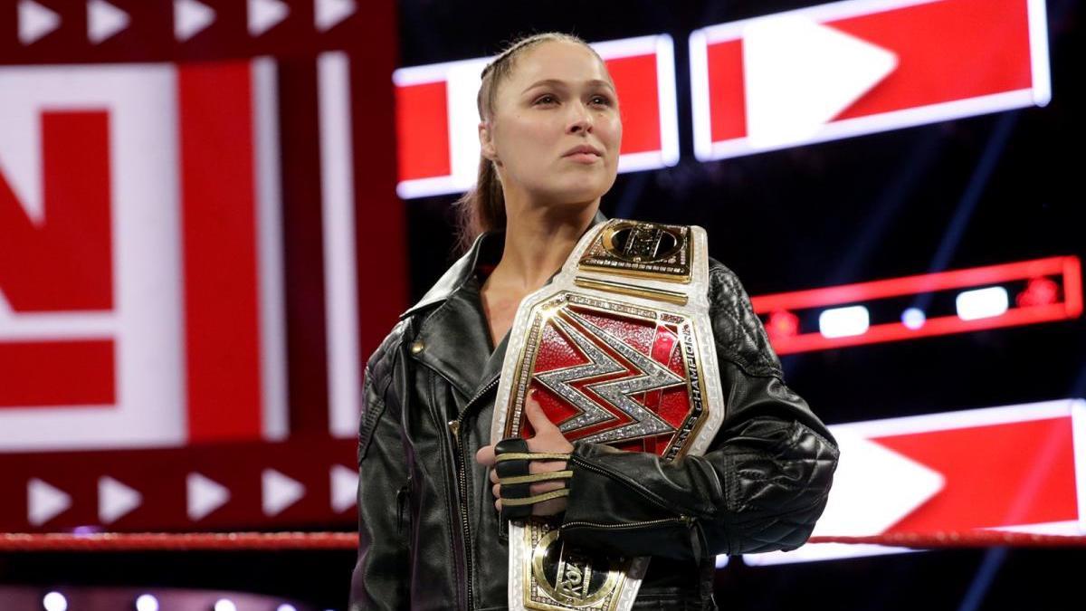Ronda Rousey e Cain Velasquez podem estar perto de retornarem a WWE